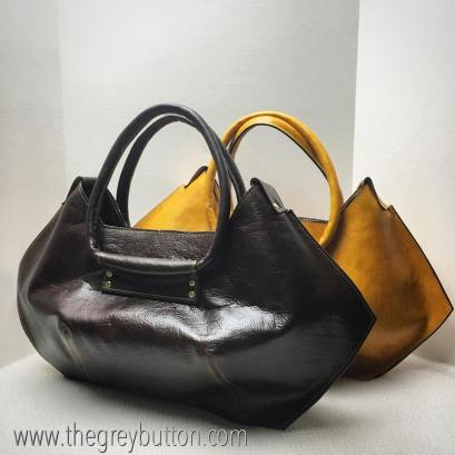 the grey button_corners bag